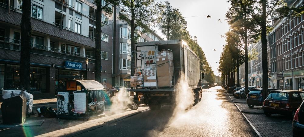vrachtwagen-uitladen