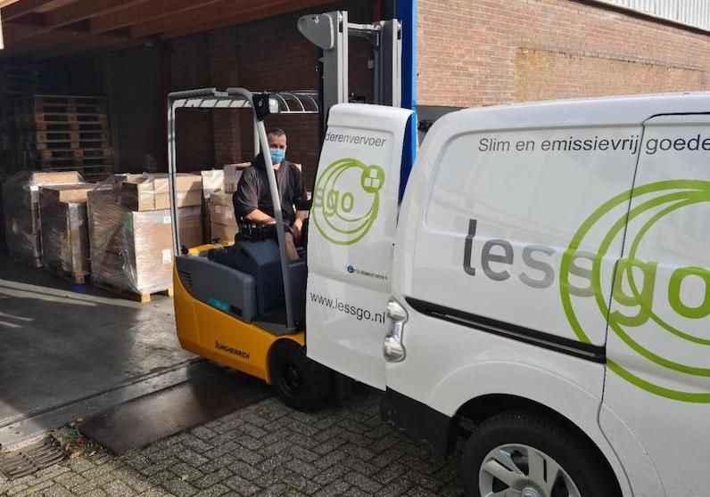 Lessgo-elektrische-bus